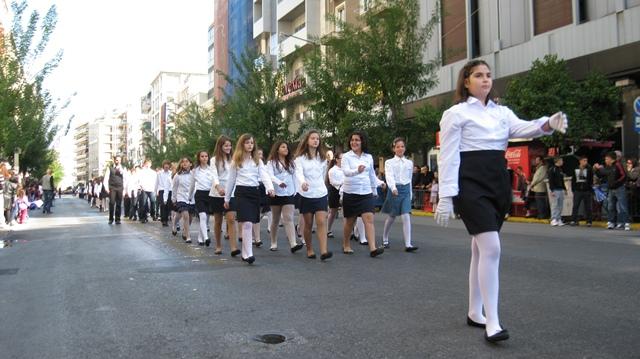 Το σχολείο μας παρελαύνει (κορίτσια) (28/10/2011)