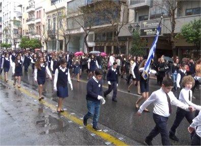 Το σχολείο μας παρελαύνει (25/3/2016) (1)