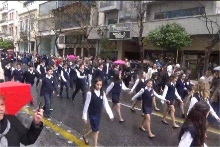 Το σχολείο μας παρελαύνει (25/3/2016) (2)