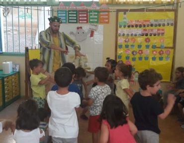 """Κέφι & διασκέδαση στην """"υποδοχή"""" των νέων μικρών μαθητών του Νηπιαγωγείου & του Δημοτικού"""